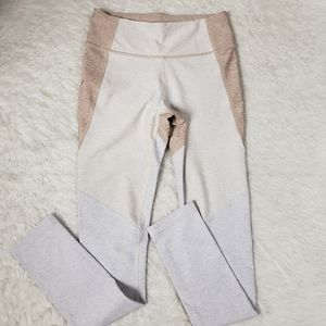 Outdoor Voices Pants - Outdoor Voices Fitted Colorblock Leggings Oatmeal